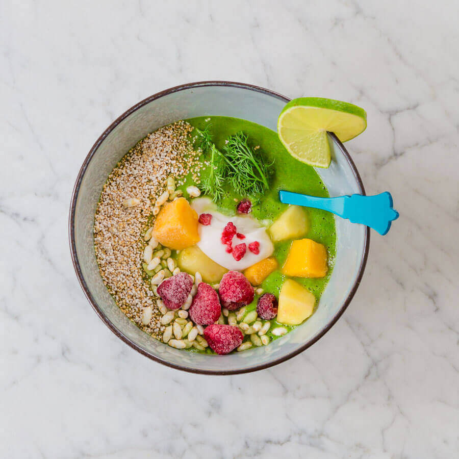 Grüne-Smoothie-Bowl